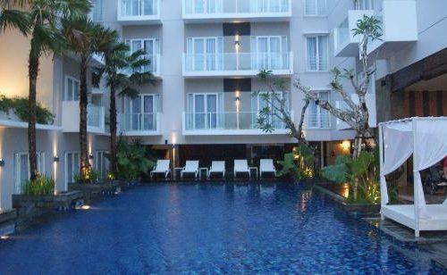 grand-whiz-hotel-kuta 1